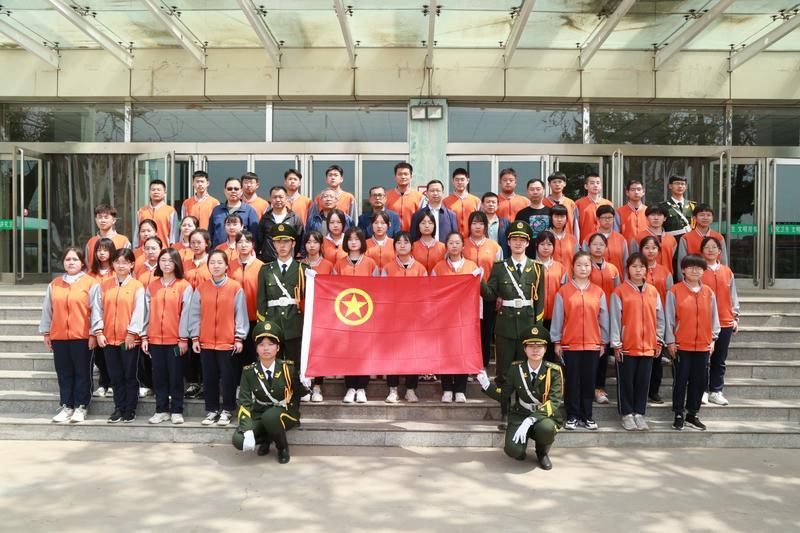 忻州市第四中学举行新团员入团仪式