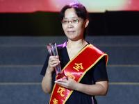 教育,我钟爱的事业——记全国优秀教师徐崇伟